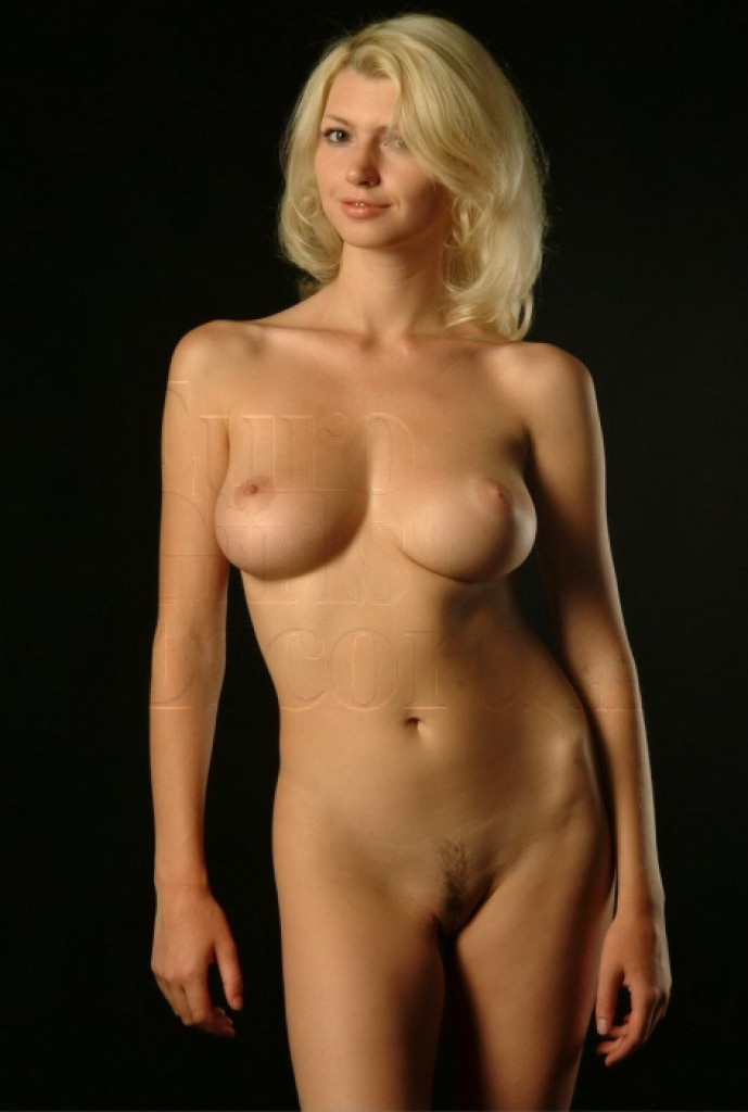 Escort Elena - best girls in Paris