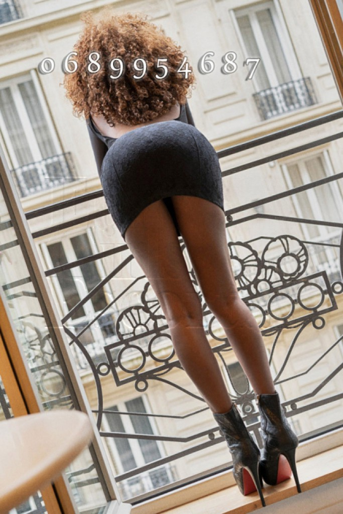 Escort Eva - best girls in Paris